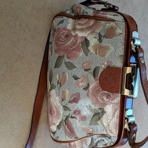 Patricia Nash handbag (height 8 width 11 depth 4)